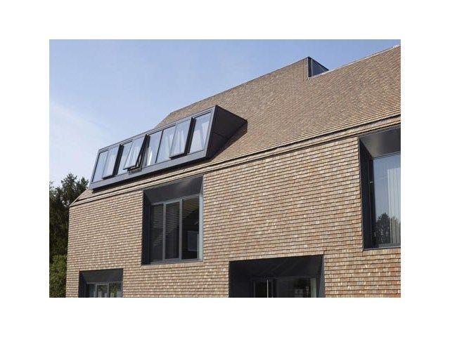 Tuile en terre cuite • maison moderne • www.wienerberger.be/fr # livios.be