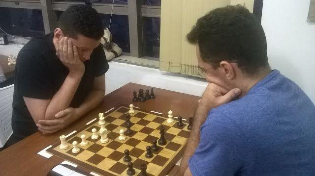Ceará Esporte Total: XADREZ - DOIS TORNEIOS MOVIMENTARAM OS ENXADRISTAS CEARENSES