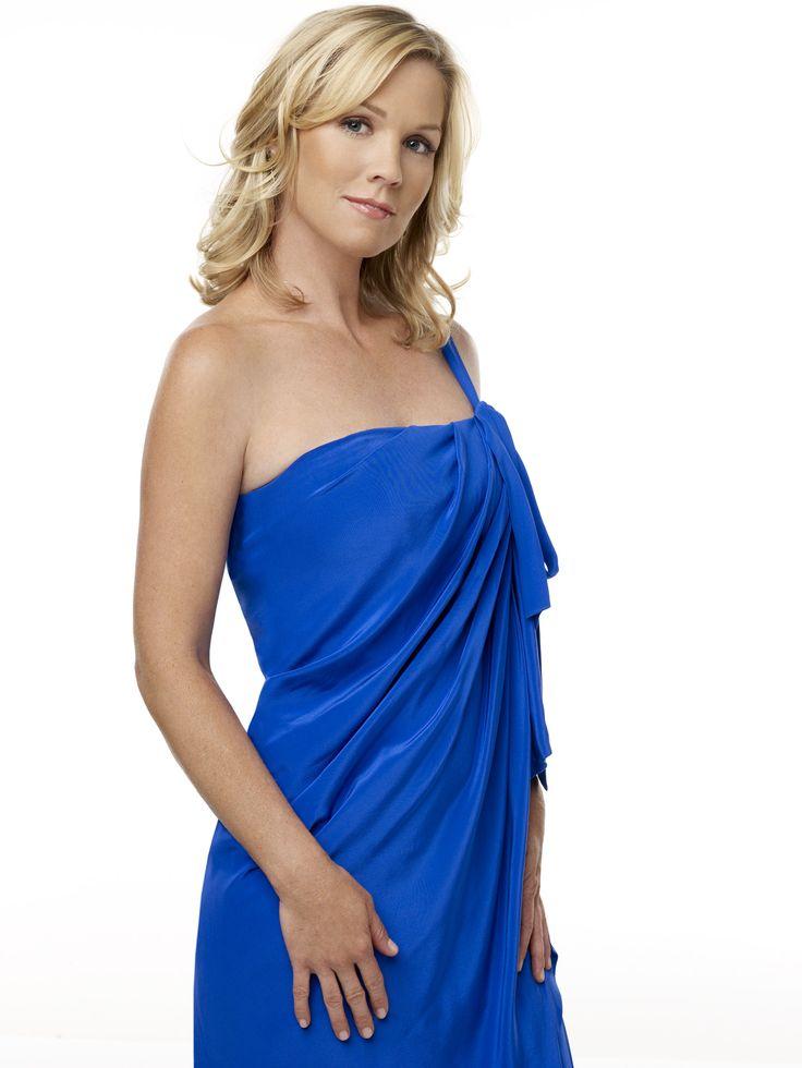 90210-S1-034.jpg (1501×2000) Jennie Garth https://telestrekoza.com/link-gallery/albums/cancelled/90210/Cast/Season_1/