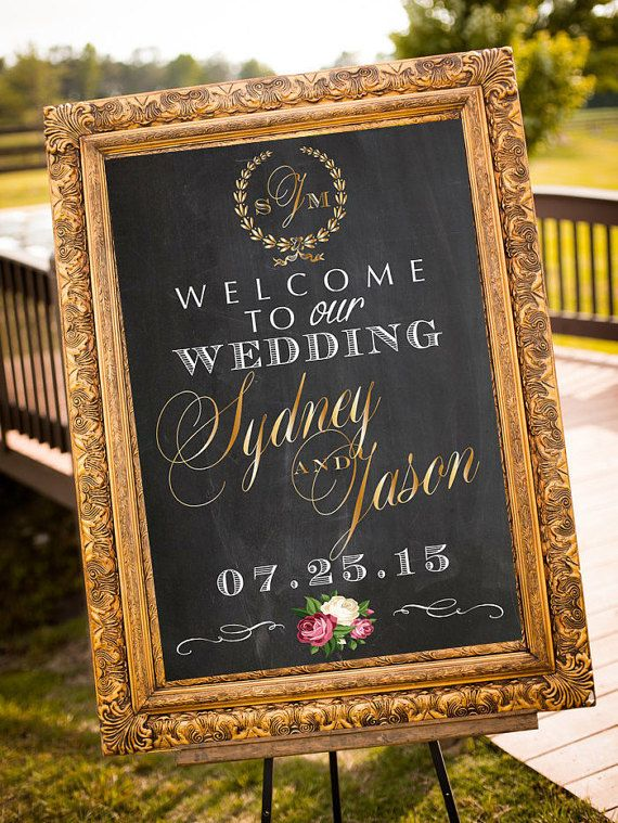 This beautiful Welcome Sign has been crafted with fence ...