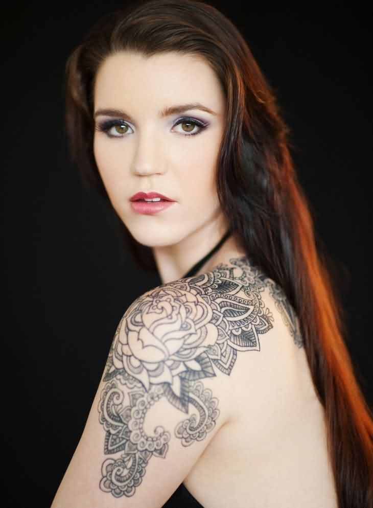 Feminine Shoulder Tattoo For Girls And Women | Tattoobite.com