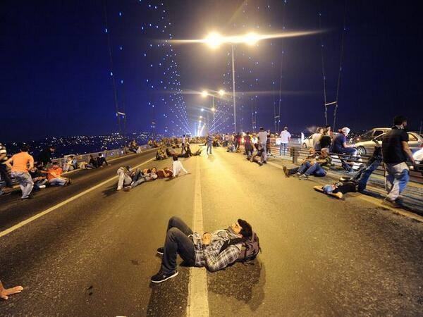 #direntürkiye #occupygezi #direngeziparkı — at Bosphorus Bridge.