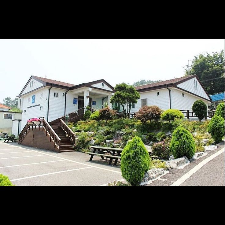 Kingdom Hall in South Korea. Photo shared by @crystal8252 by jw_witnesses