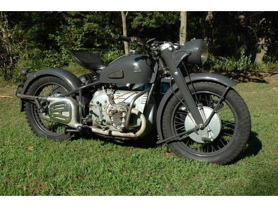 12,500 Pictures Vintage Antique Tools Machines and Instruments Vol. 2 Clip Art