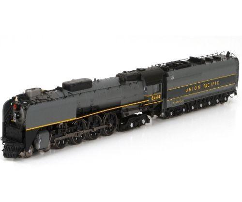 Athearn-97275-HO-FEF-3-4-8-4-w-DCC-Sound-UP-Greyhound-8444-Locomotive