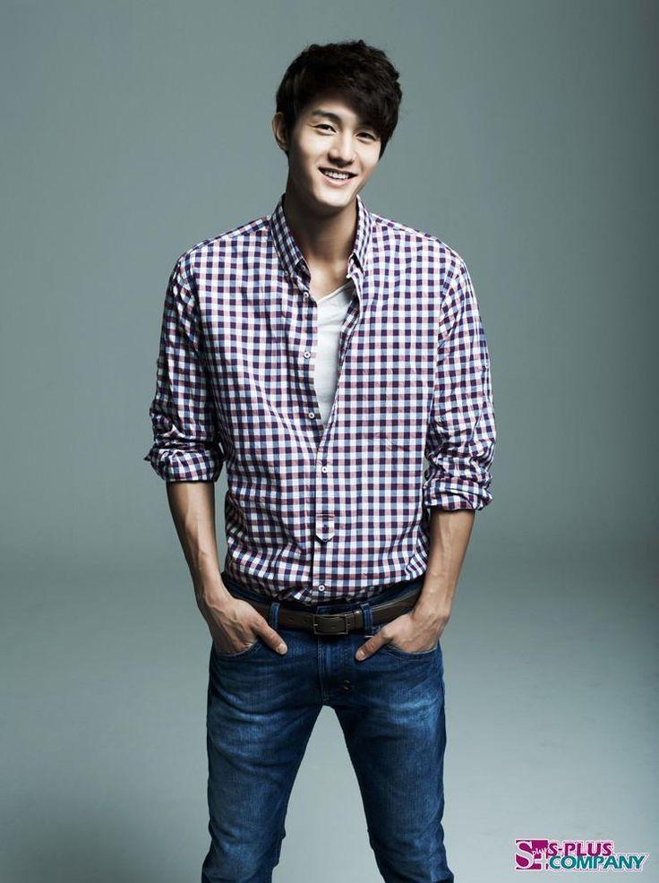 Lee Ki Woo ♥ Flower Boy Ramen Shop ♥ Standby ♥ Virus