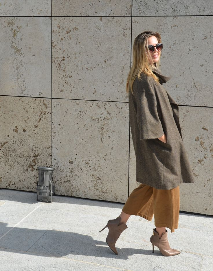 cropped trousers, brown coat, booties, Lemoncake outfits