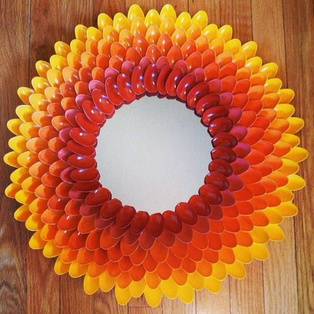 Plastic spoon mirror plastic spoon crafts pinterest for Plastic spoon flower mirror