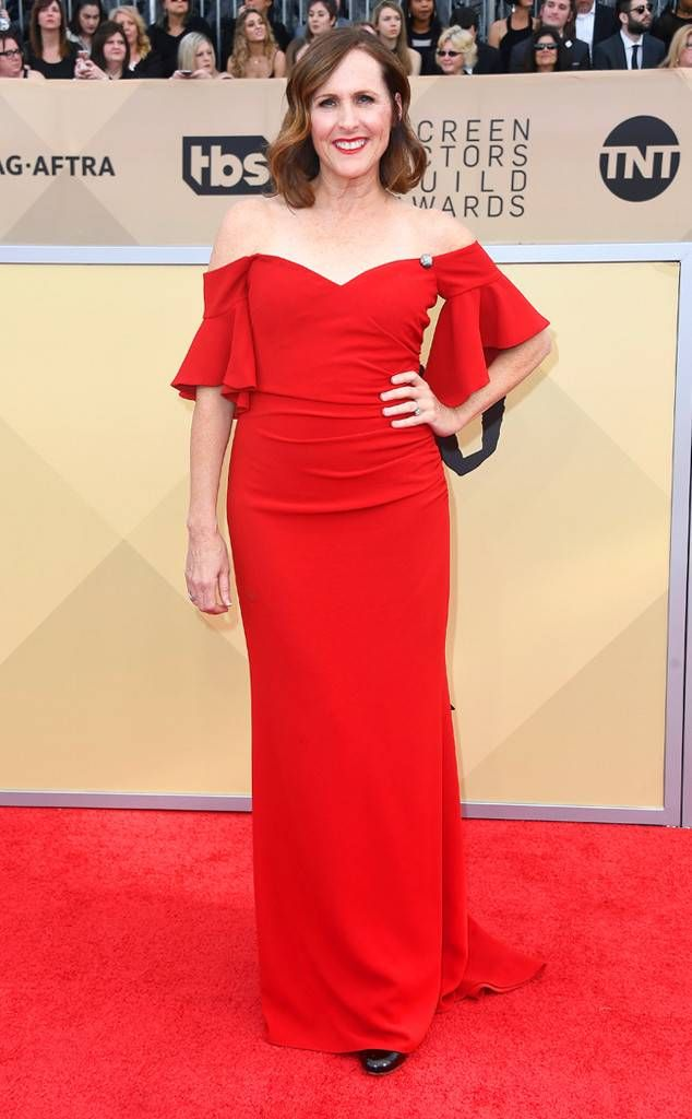 Molly Shannon from 2018 SAG Awards Red Carpet Fashion