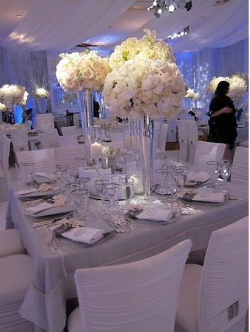 picture of Table Setting [center piece, chairs, favors, etc]