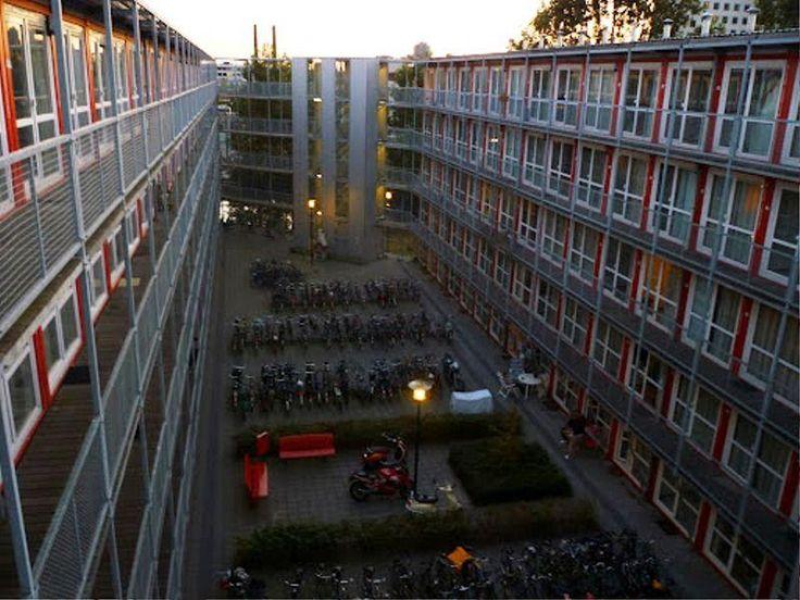 Keetwonen: студенческие общежития из контейнеров – 11 фотографий