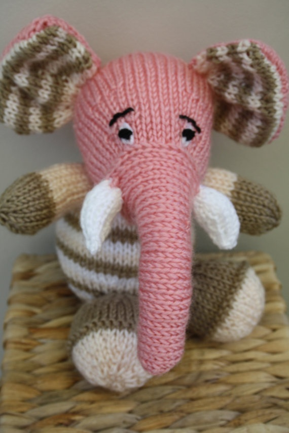 Toy knitted elephant. Baby toy elephant. by sweetygreetings, £5.99