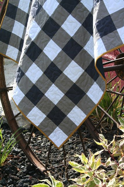 Here's some pictures of the Gingham Quilt I recently finished. The tutorial is below, and you can purchase the pattern here - which h...
