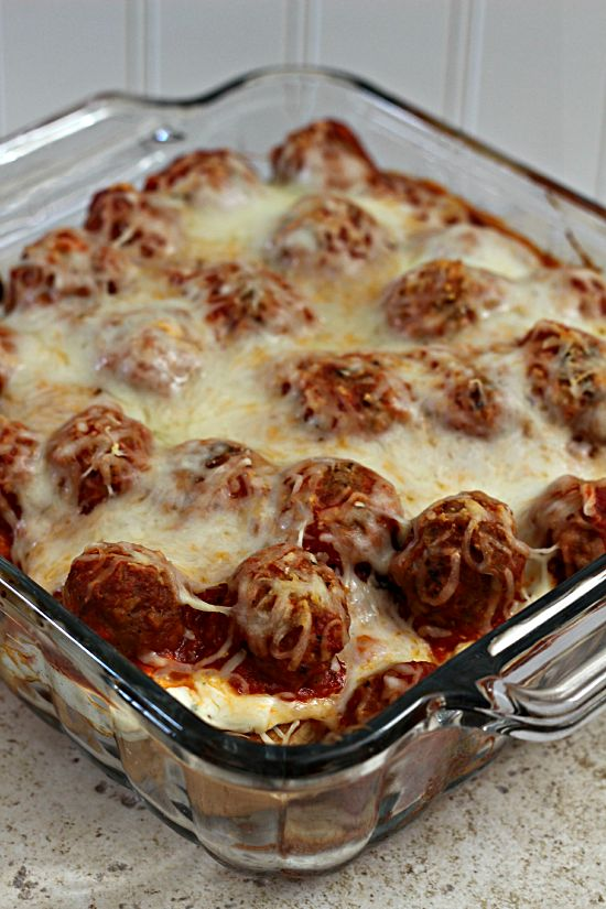 Meatball Sub Casserole...Hearty, classic casserole perfect for those days when  you just need comfort food!