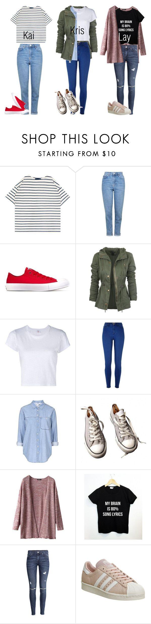 Blusa a rayas, pantalon nuevo claro, tenis rojos