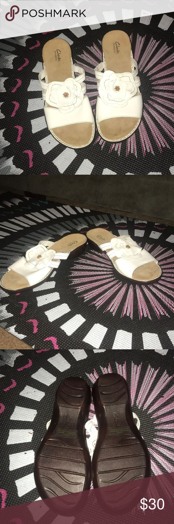 White Clarks sandals-12 Cute never worn white Clarks sandals-12 Clarks Shoes Sandals