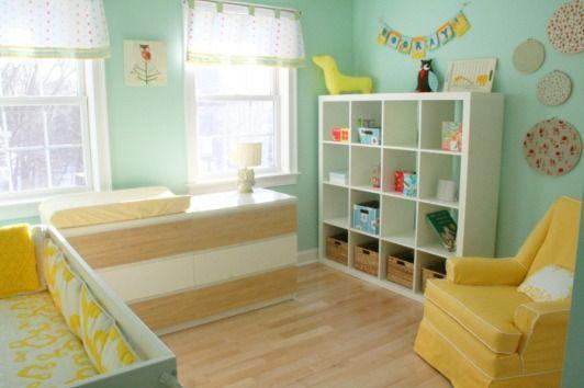 Quarto de bebê verde moderno e despojado | Quarto de bebê - Decoração, bebês, gravidez e festa infantil