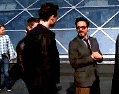 RDJ and Tom Hiddleston. Love this! (gif) I love how Jeremy turn around when he sees that the two are cuddling :D