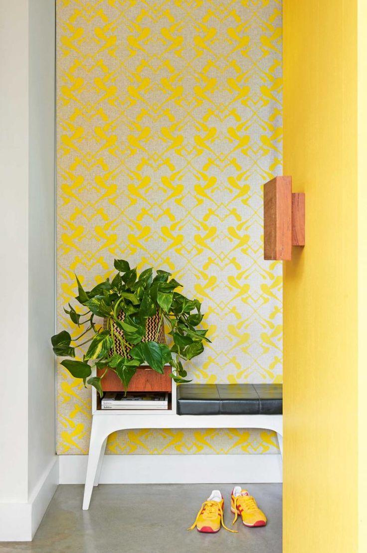 entry-yellow-door-wallpaper-jun15
