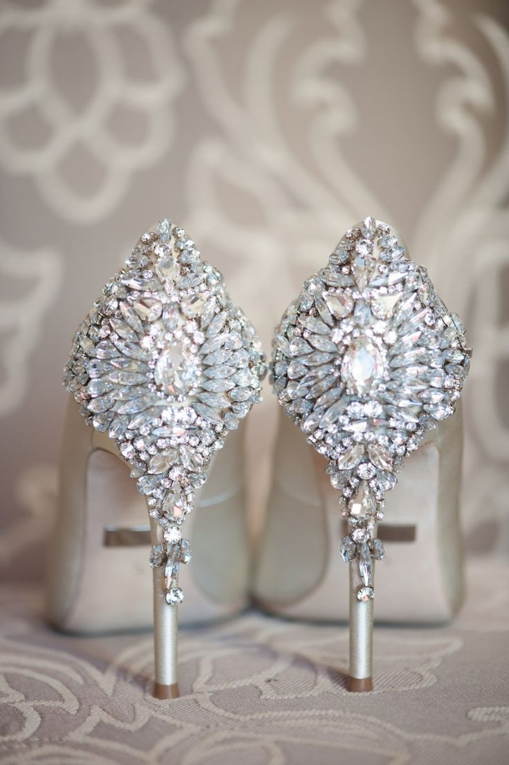 Diamond embellished pumps in ivory white for a perfect luxury wedding bride