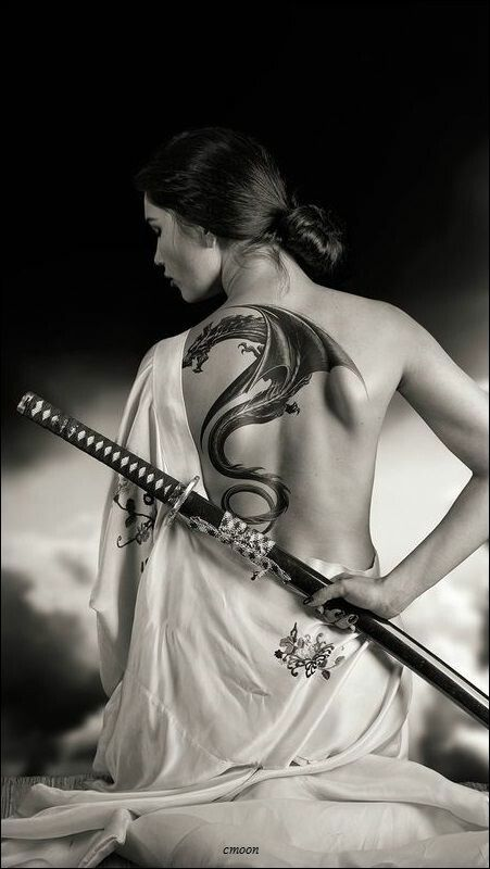 the girl with the dragon tattoo | Samurai art, Asian tattoos, Katana girl
