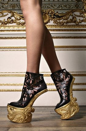 chaussures sans talons - How can you walk in those? I'd love to try them! // heel-less!