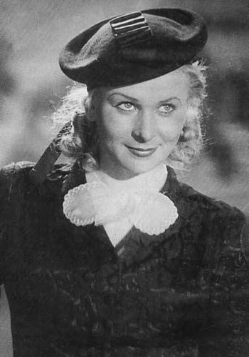 В 1943 году Серова играет, пожалуй, свою самую знаменитую роль -Лизы Ермоловой в фильме Алексанлра Столпера » Жди меня», где она поет свой знаменитый романс. Фильм был поставлен по повести Константина Симонова. Именно стихотворение «Жди меня» он посвятил ей. Он приходил на ее каждый спектакль в Ленком, ждал ее у служебного входа и провожал домой. Она была к тому времени уже вдовой с сыном Анатолием, названным в честь отца — Анатолия Серова, который ее боготворил. Серова ослепительно играла…