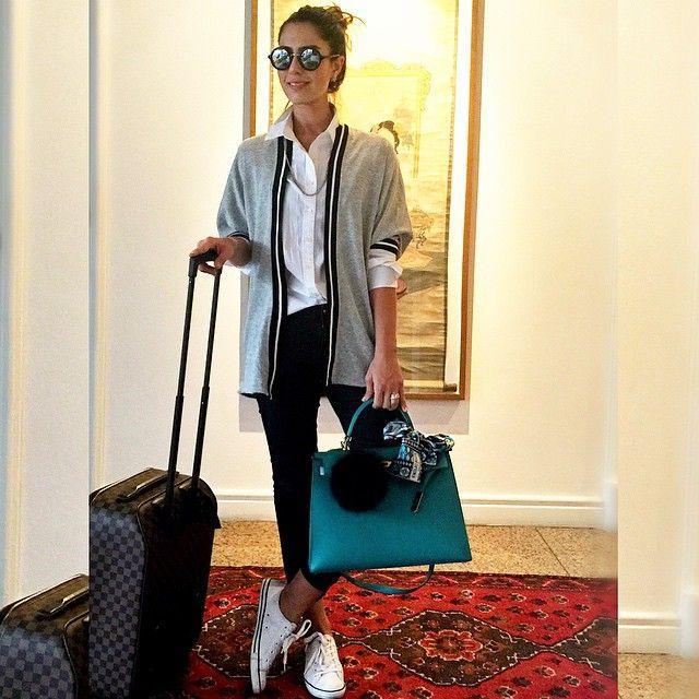 Lá vou eu de novo... ✈️✈️✈️ #airportstyle #aerolook #comfy #ootd ✨