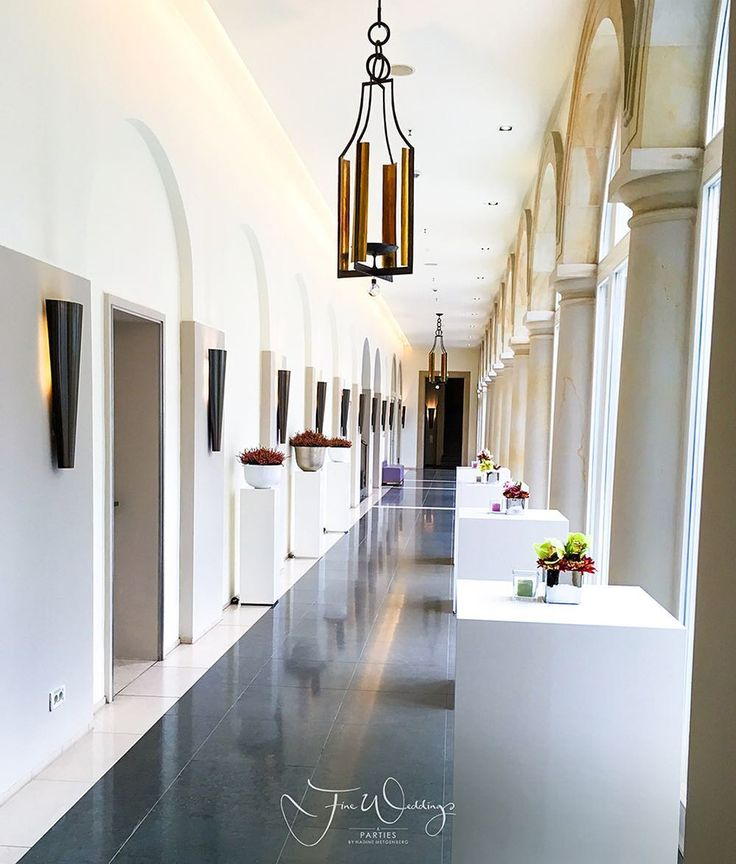 Always always always have a Plan B for the #wedding #ceremony and #reception. Inspecting #villakennedy  Once a grand family home Villa Kennedy is now the embodiment of a modern Frankfurt. Built in 1901 the hotel was renamed in honour of President John F Kennedy's visit in 1963. We love it. #fineweddings #fineweddingsontour #hochzeitsplaner #hochzeitsplanerfrankfurt #frankfurt #luxuryweddingplanner #luxurywedding #internationalwedding #destinationwedding #weddingingermany #luxushotel…