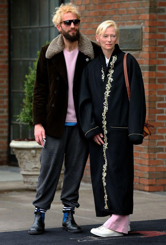 Tilda Swinton Steps Out With Partner Sandro Kopp In Rare Sighting Of Couple In New York City Tilda Swinton Sandro Black Kimono