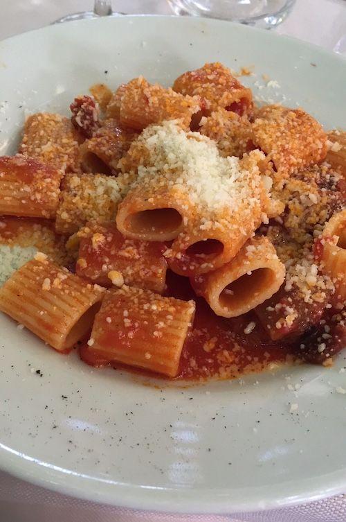 'Matriciana, o Amatriciana che dir si voglia: una delle più amate ricette romane