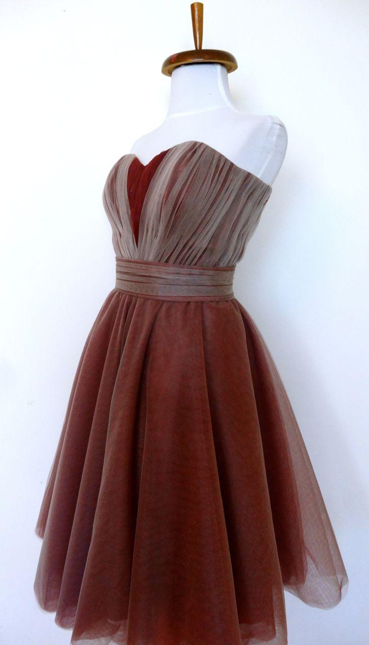 Rochie din straturi suprapuse de tulle. Model #custommade #Noomi. www.noomi.ro