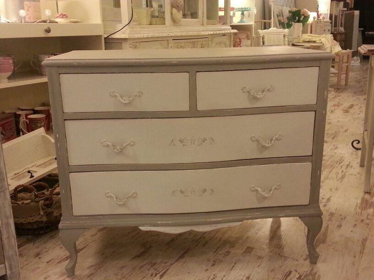 Mejores 12 im genes de muebles pintados por m en pinterest muebles pintados mesas y pintura - Comodas pintadas ...
