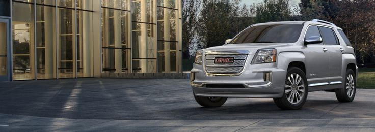 2016 Terrain Denali: Small Luxury SUV - GMC QUICKSILVER METALLIC*