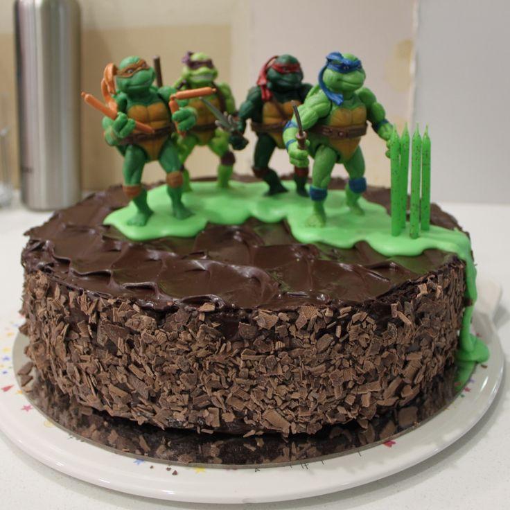 TMNT Teenage Mutant Ninja Turtles cake