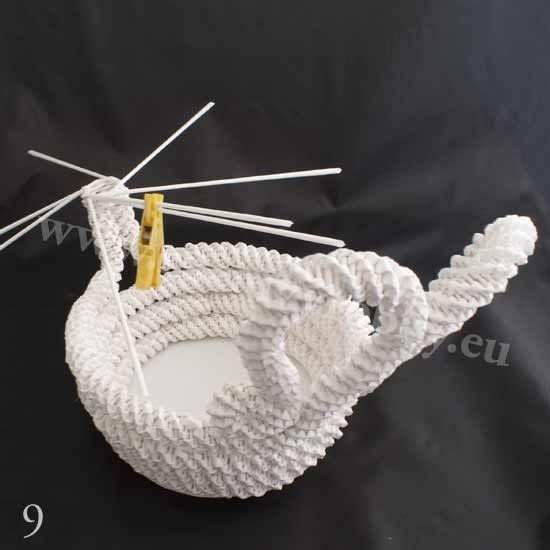 плетение из газет. белый лебедь (9) (550x550, 68Kb)