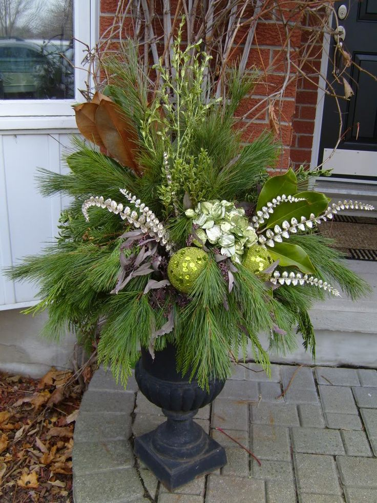 Christmas Decorating Ideas For Outdoor Urns : Best christmas urns ideas on outdoor
