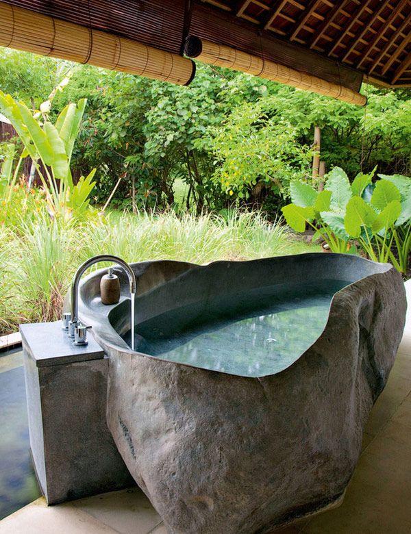 Balinese outdoor bathroom inspirations | My Cosy Retreat