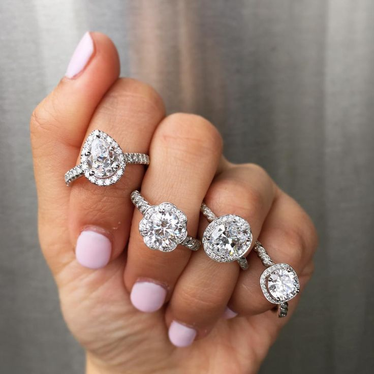 Can't chose a ring. Tons of engagement ring selfies to help make that tough choice!