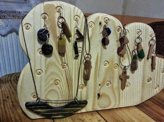 Suport cercei din lemn de brad, by RaulPetrut, 35 Lei