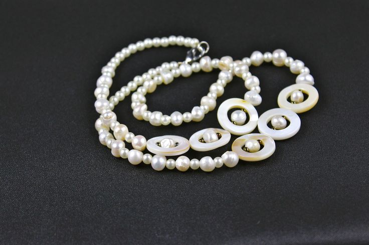 "22"" pearls and hearing bone stunning necklace"