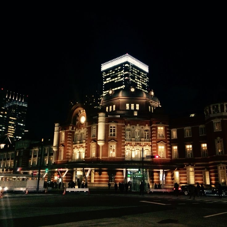 I love Tokyo station! What is so clasic building!