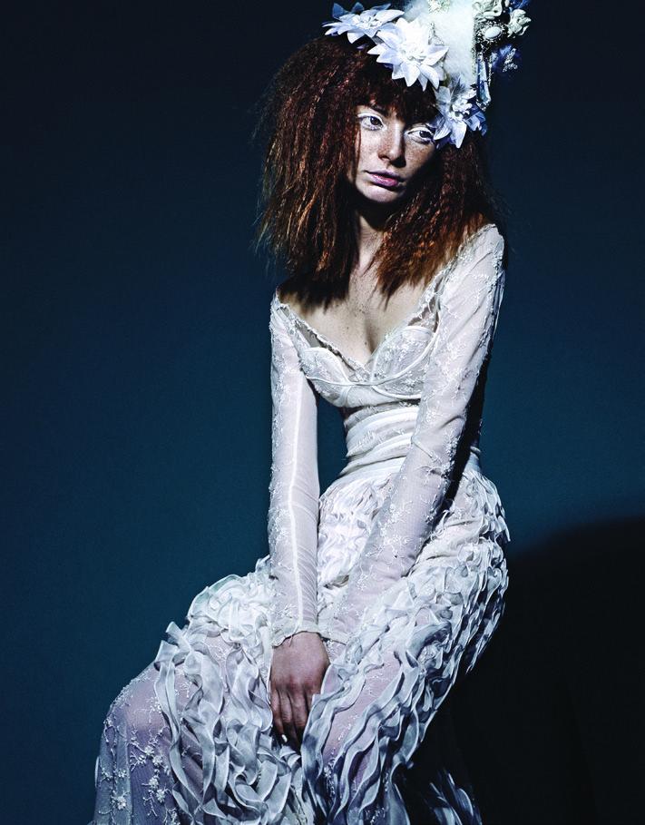 Foto por Franco Vestuario por Esteban Pomar  Model : Ana Paula Rondan  #ginger chile freckles poses