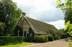 Vledder een Esdorp in de Gemeente Westerveld met een brink en mooie oude boerderijen