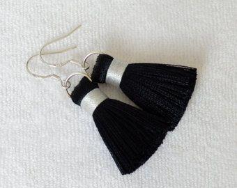 Pendientes personalizados borla borla Mala, pendientes de borla de lujo, pendientes de borla Boho, declaración pendientes, joyas de seda borla