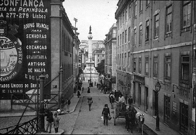 Calçada do Carmo (entre 1903 e 1908). Praça D. Pedro IV. (Rossio), Lisboa