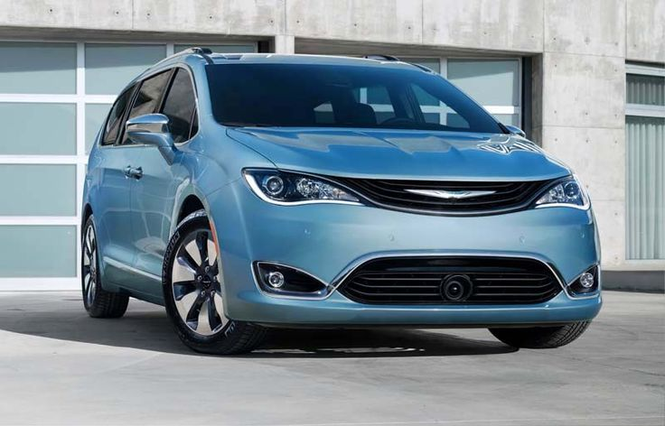 2018 Chrysler Pacifica overview