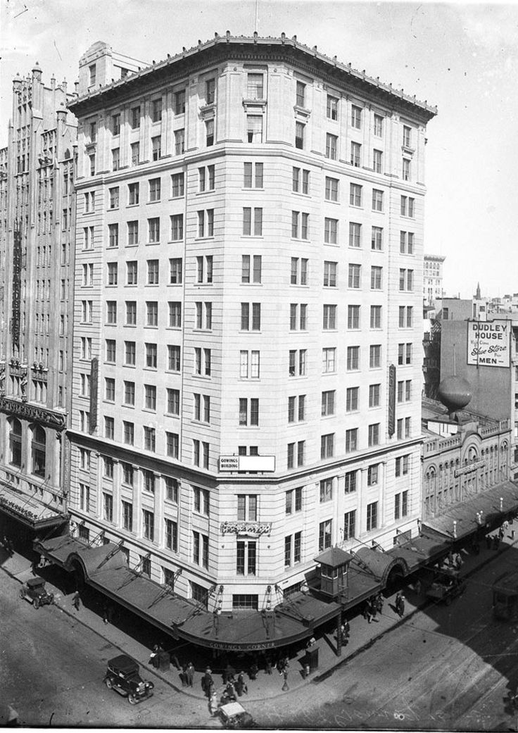 Gowings building George St, Sydney built in 1929, it was then the tallest building in Sydney