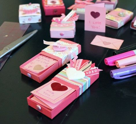 Create some little cards that can be slipped into pretty, decorated matchboxes, a sweet and inexpensive handmade gift – fill them with some candy and a little note.