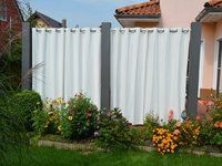 Sichtschutz mit Vorhang